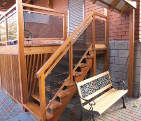 лестница деревянная уличная
